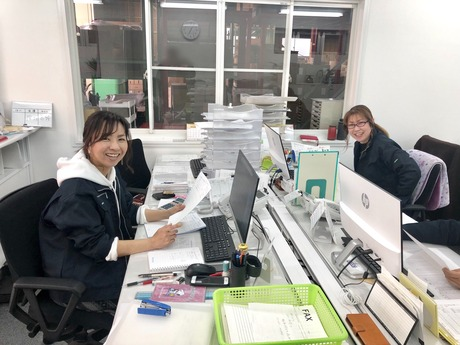 運送業の経理のお仕事です。日時の経理業務や請求書発行等基本的なお仕事です。